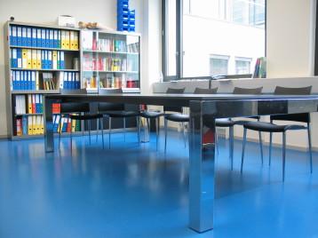 Tisch der Harder Schreinerei Winterthur